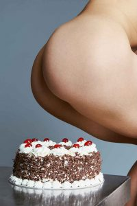 cake_holes_bompass_and_parr_1