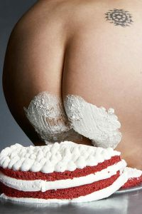 cake_holes_bompass_and_parr_6